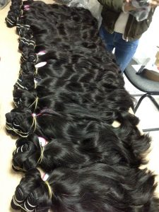MACHINE WEFT HUMAN HAIR NATURAL WAVY COLOR 1B