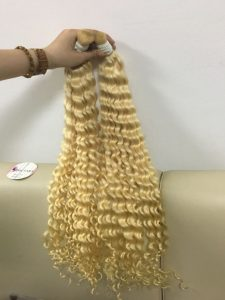 HUMAN HAIR DEEP WAVY BLONDE  COLOR