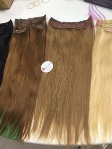 Clip in double drawn hair extensions 22 inches