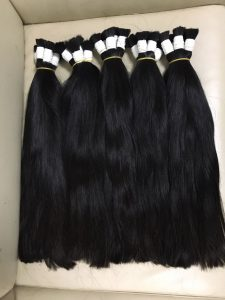 STRAIGHT BULK HIGH QUALITY HUMAN HAIR 20 INCHES COLOR 1B