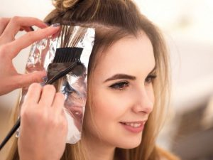 IS IT SAFE TO DYE HAIR DURING PREGNANCY ?