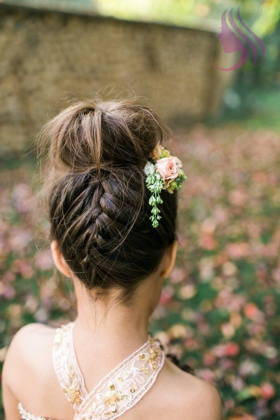 Easy Summer Updos That'll Save You from Sweaty Hair